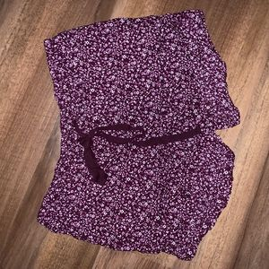 Purple Floral pattern soft, comfortable shorts